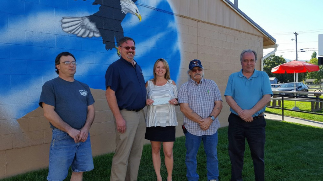 Fraternal Order of Eagles #32 donates $10,000 to Glacier Ice Rink